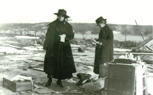 explosion-women